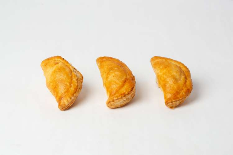 Chicken curry turnovers - Elia Caterers