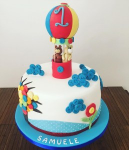 Hot air balloon cake - Elia Caterers