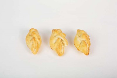 Chicken & pork Cornish pasties - Elia Caterers