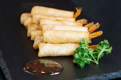 Prawns in filo pastry - Elia Caterers