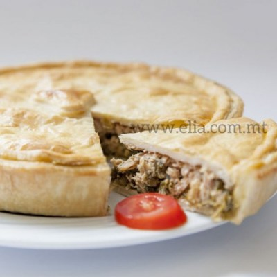Frozen Picnic Pie Tuna & Spinach - Elia Caterers