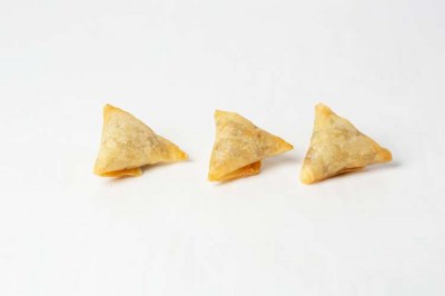Vegetable samosas - Elia Caterers